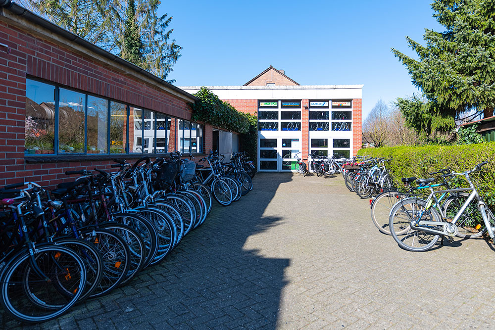 Zweirad Winkelmann | Hinterhof