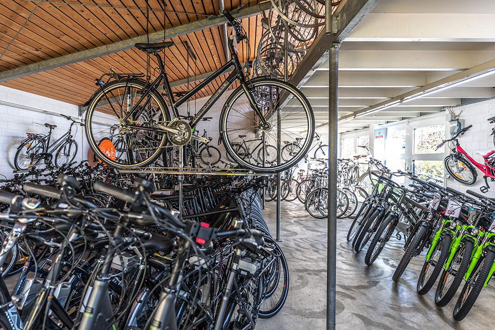 Zweirad Winkelmann | Lager Erdgeschoss